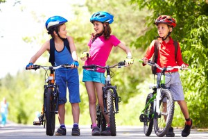 Children-on-bikes2